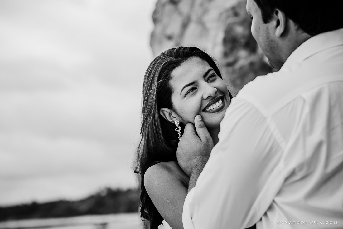 renato-dpaula-fotos-casamento-pre-wedding-trash-the-dress-praia-do-espelho-trancoso-7