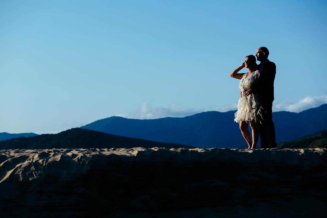 renato-dpaula-ensaio-pos-casamento-casal-na-praia-noivos-011
