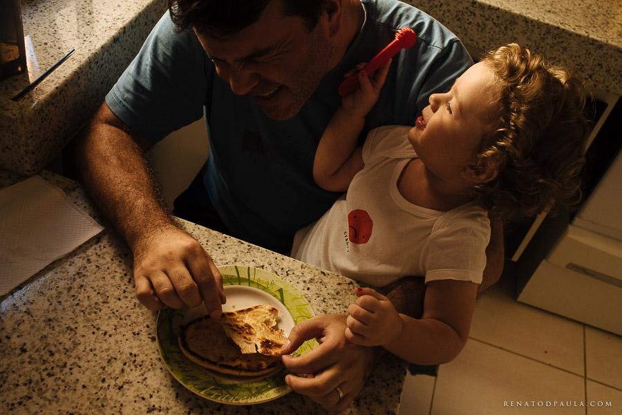 ensaio fotográfico de família lifestyle da fotógrafa fernanda petelinkar
